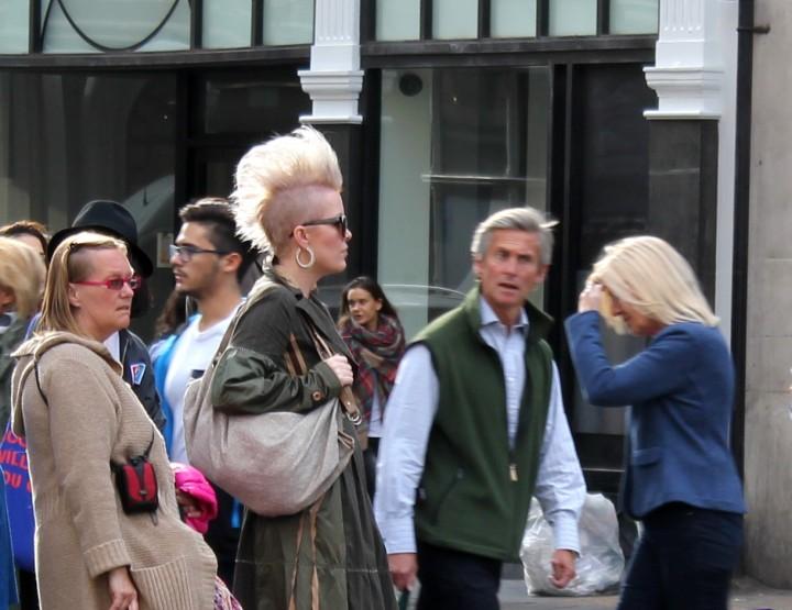 STREET STYLE @ LONDON FASHION WEEK