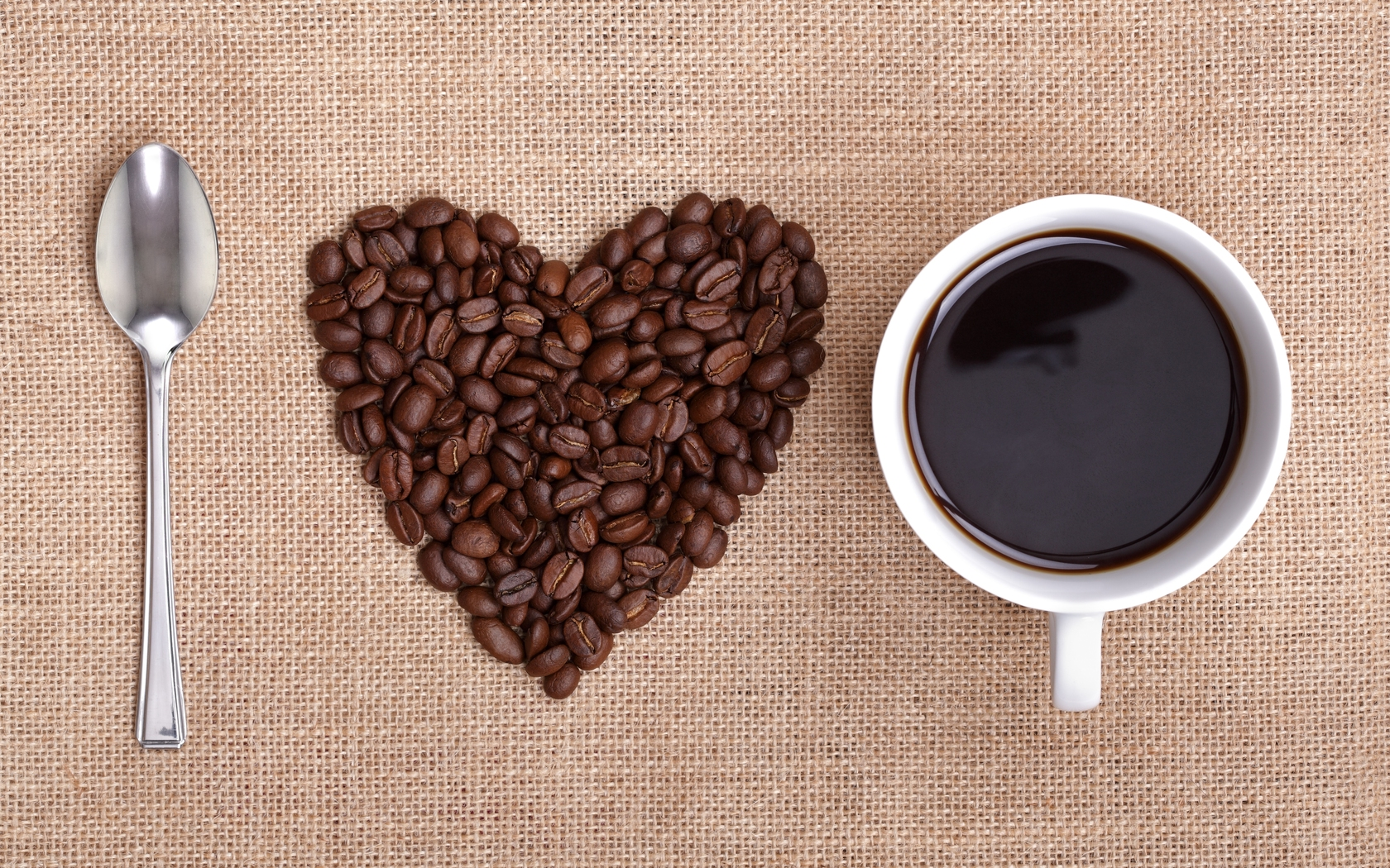 6966507-heart-coffee-wallpaper