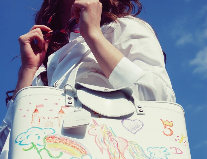 KOMAD MJESECA: The Handbag 42 by Akatelier