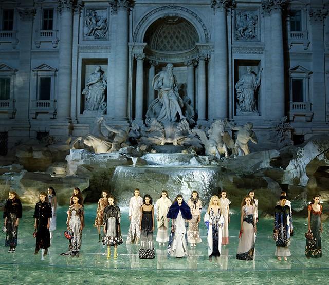 Karlova bajka za proslavu 90. rođendana modne kuće Fendi