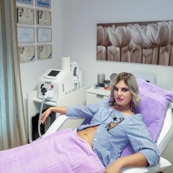 BEAUTY EXPERIENCE: Lipoliza stomaka
