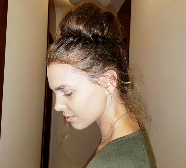 HAIR DESIGN SUGGESTION: Visoka, krofna punđa