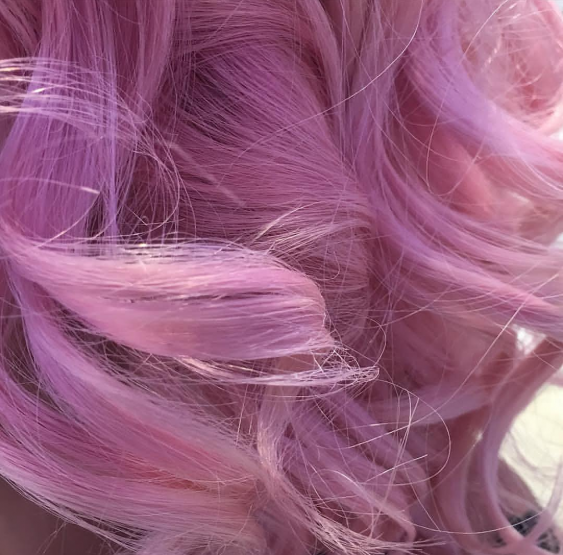 HAIR DESIGN SUGGESTION: Pink kosa