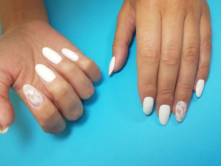 Hit ljeta: bijeli lak za nokte!